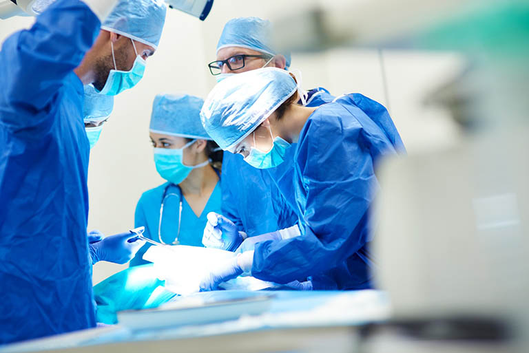 Phẫu thuật cứu hoặc cắt cụt chi