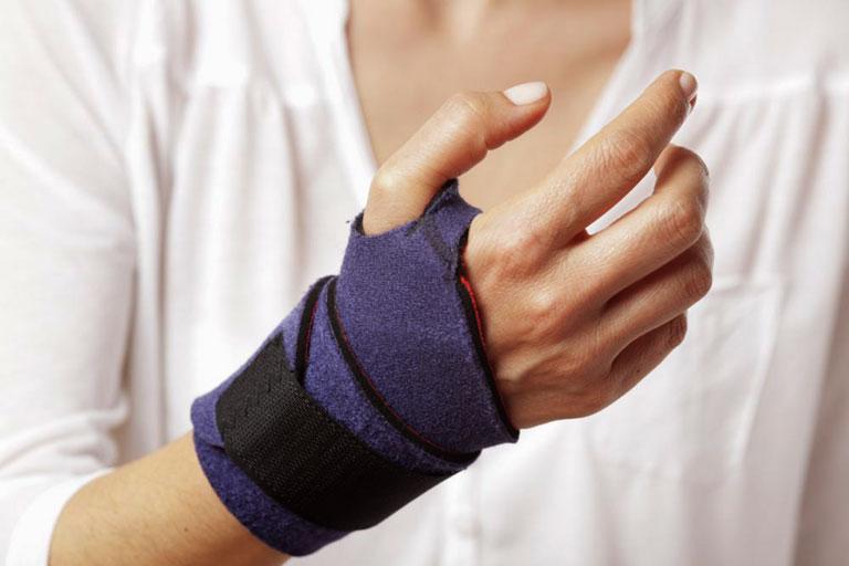 chữa hội chứng ống cổ tay tại nhà