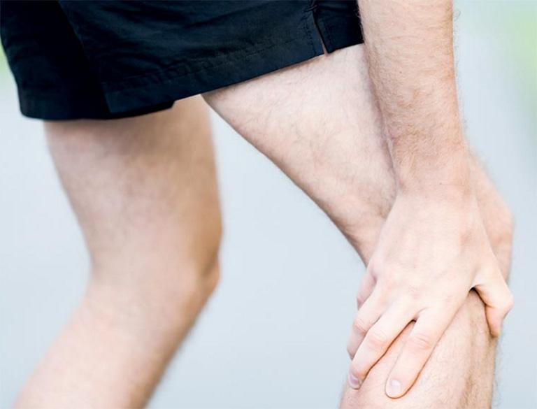Nang xương phình mạch gây đau xương nghiêm trọng