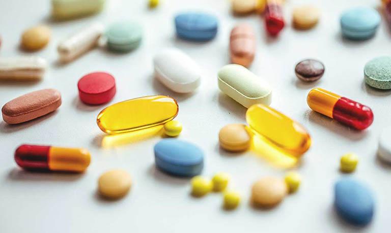 Thuốc giảm đau được chỉ định với mục đích kiểm soát cơn đau do nhiễm trùng da và mô mềm