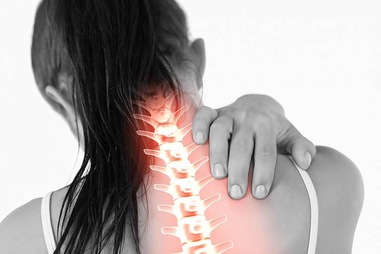 Nhức, mỏi, đau và khó vận động ở vùng cổ