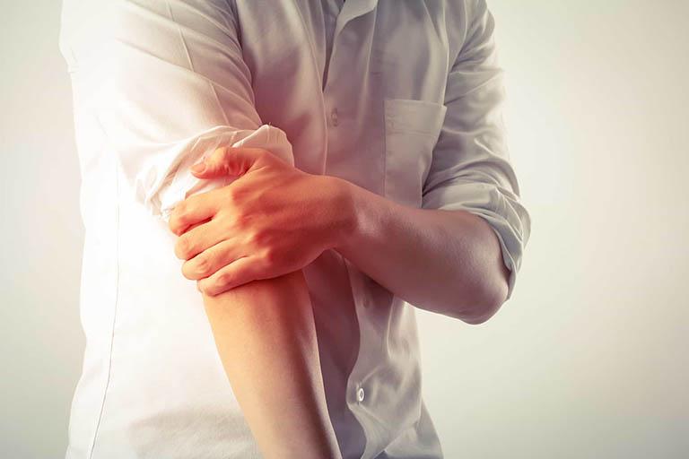 Triệu chứng của bệnh ung thư di căn xương