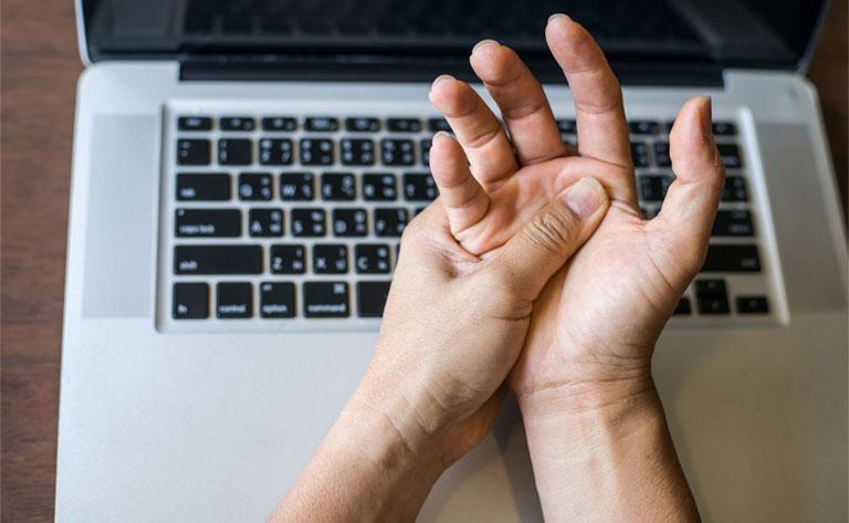 dấu hiệu viêm gân cổ tay