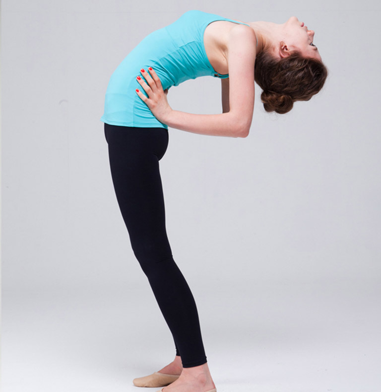 Bài tập uốn cong lưng cải thiện các triệu chứng của bệnh thoát vị đĩa đệm L5 S1