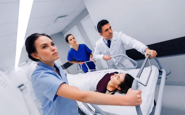 chẩn đoán tổn thương cột sống