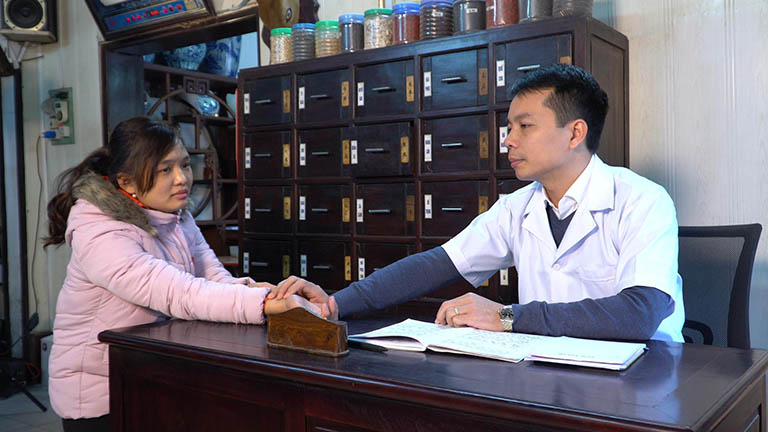 Liên hệ và trao đổi thông tin cùng với thầy thuốc khi điều trị thất bại