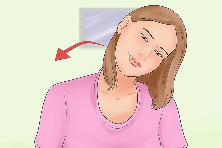 Bài tập yoga mở rộng cổ theo đường chéo giúp cải thiện cảm giác cứng và đau cổ