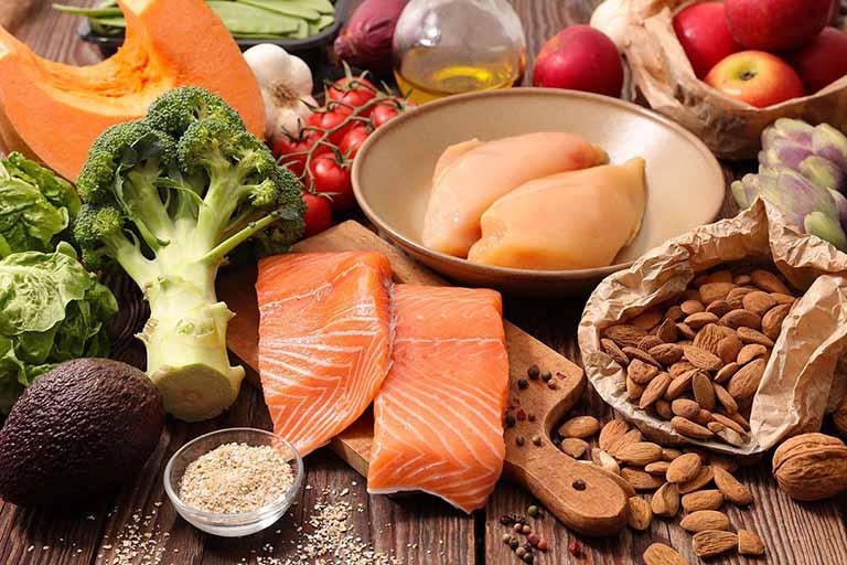 Chế độ ăn uống và sinh hoạt phù hợp