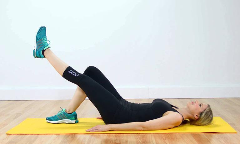 Bài tập nâng chân thẳng