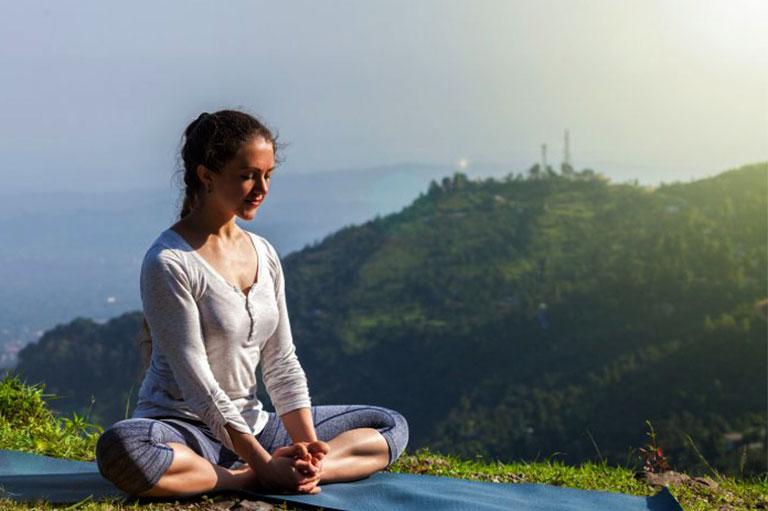 yoga thoái hóa khớp gối