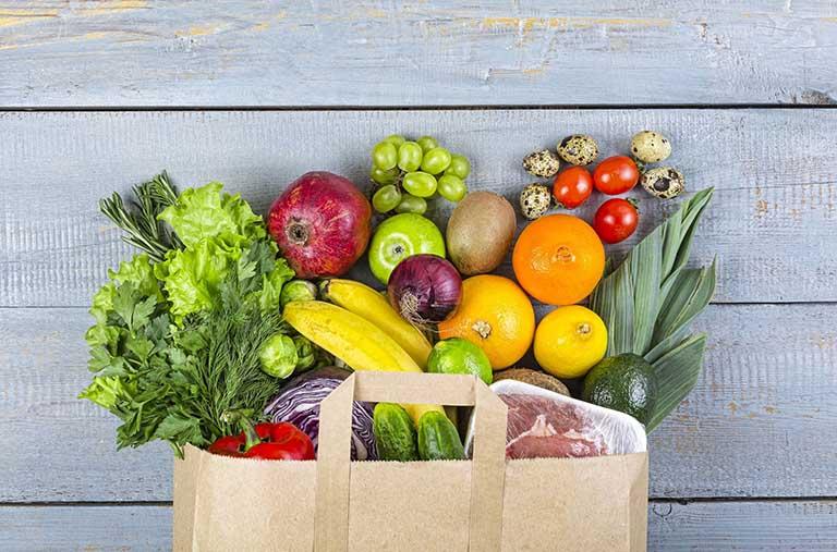 Duy trì chế độ ăn uống lành mạnh, đảm bảo bổ sung đủ dinh dưỡng cần thiết cho quá trình phục hồi