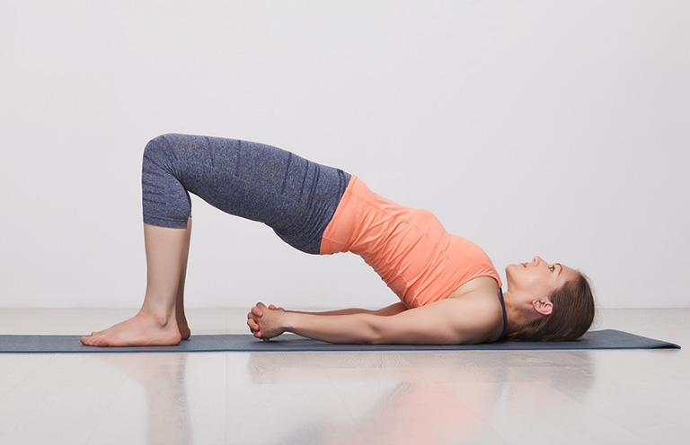 yoga cho người bị gai cột sống