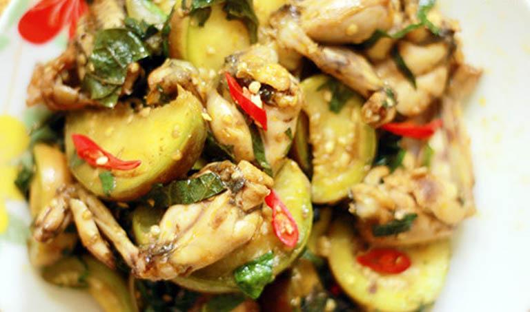 Hỗ trợ điều trị thống phong, thận hư bằng món ăn từ thịt ếch