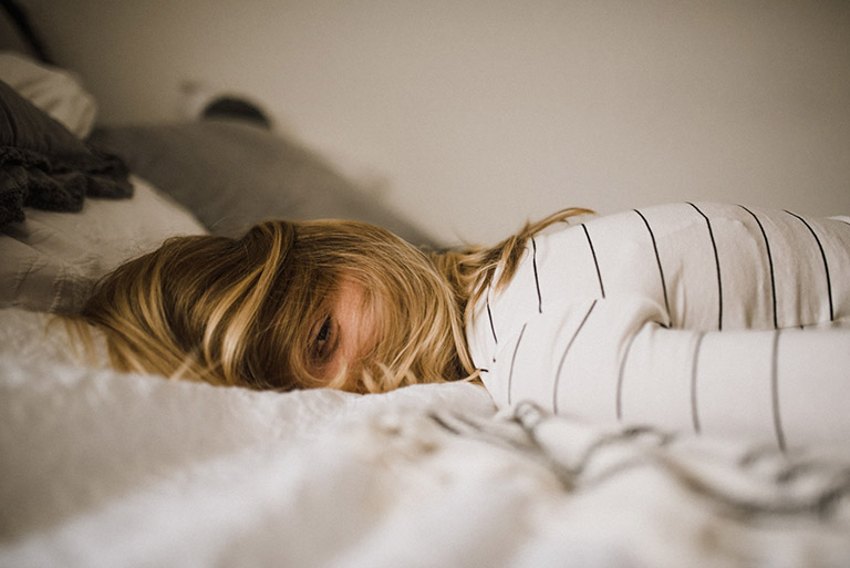 Bệnh nhân bị thoái hóa cột sống cổ dễ rơi vào trạng thái trầm cảm