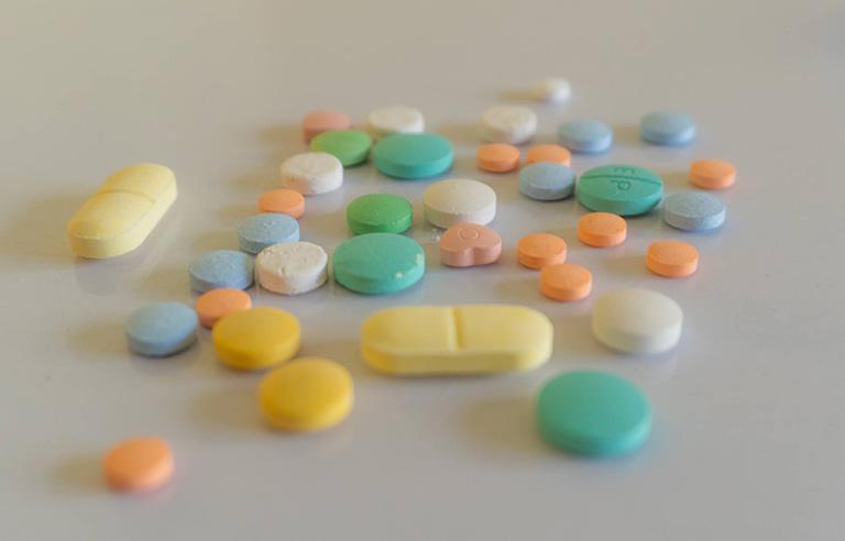 Không sử dụng sữa tỏi cho những bệnh nhân đang điều trị với thuốc chống đông máu