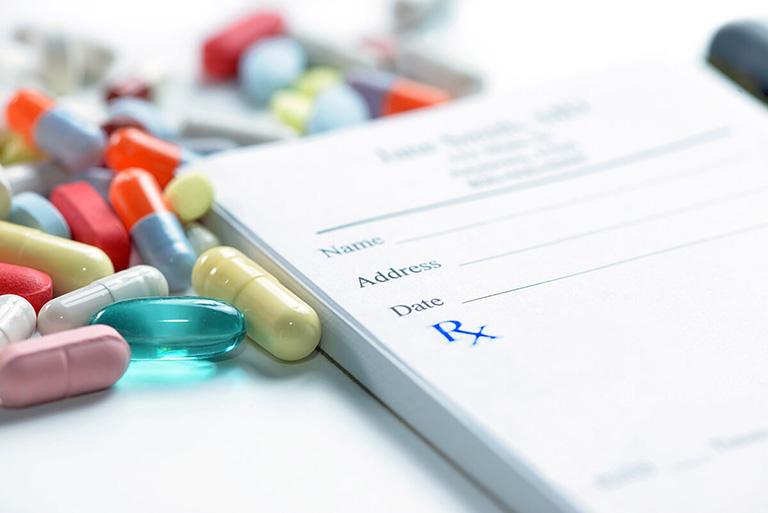Thuốc chống thấp khớp tác dụng chậm (DMARD)