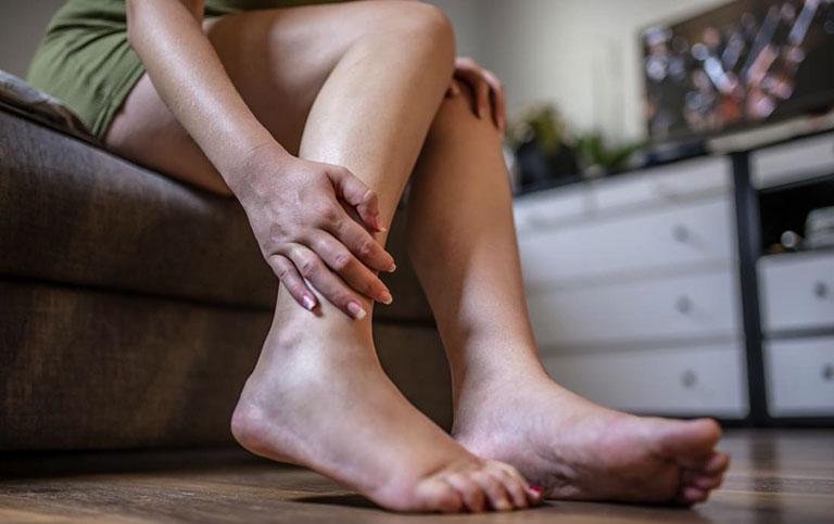 nguyên nhân tràn dịch khớp cổ chân