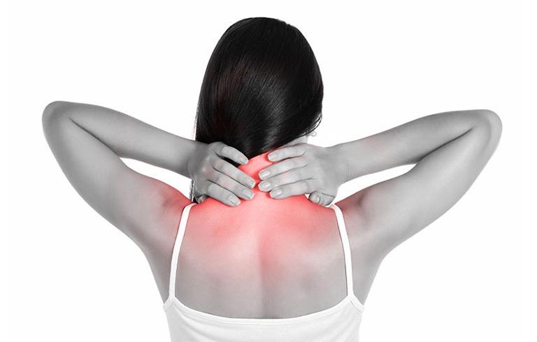 tác dụng chữa đau vai gáy của ngải cứu