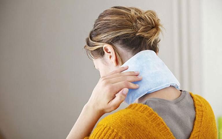 mẹo giảm đau dây thần kinh vai gáy