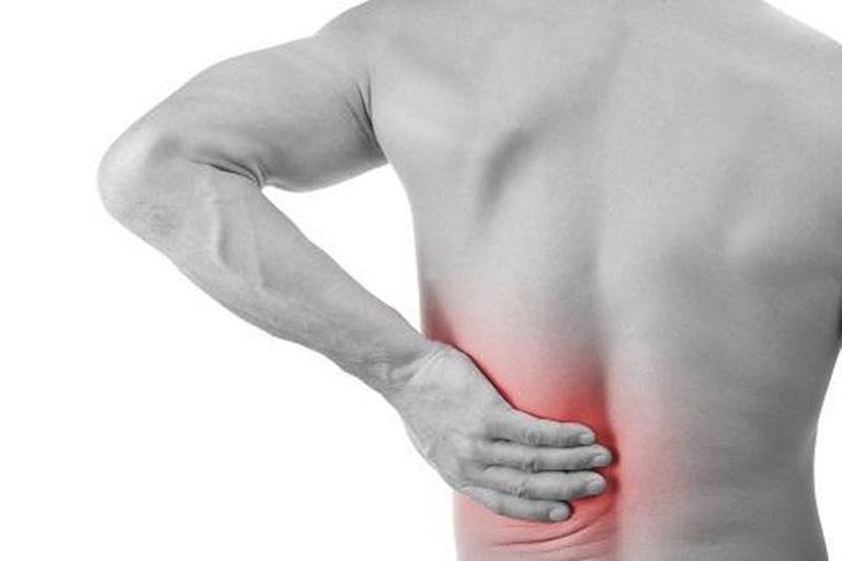 vị trí đau lưng do thận yếu