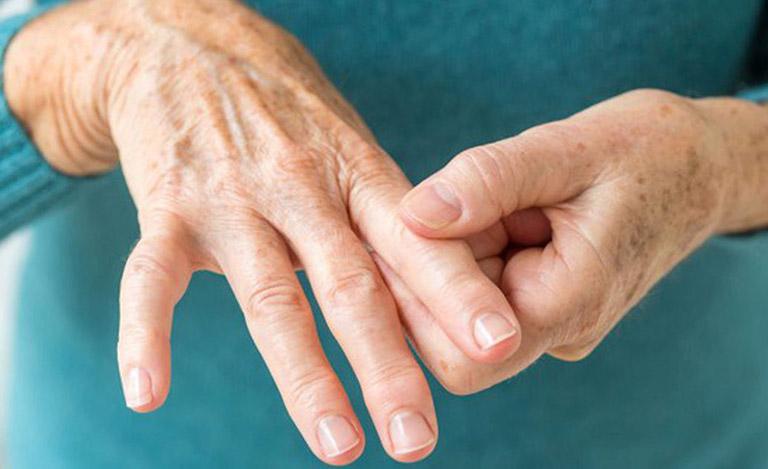 đau nhức xương khớp tê bì chân tay lầ bị gì