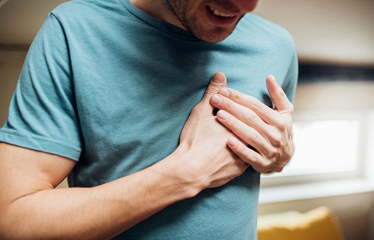 đau vai là biểu hiện của bệnh gì