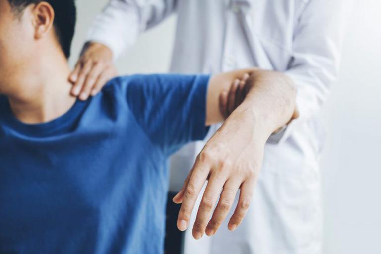 chẩn đoán gãy xương đòn