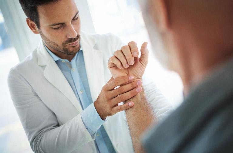 Chẩn đoán viêm bao hoạt dịch cổ tay