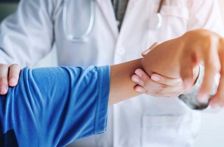 điều trị viêm bao hoạt dịch dưới mỏm cùng vai