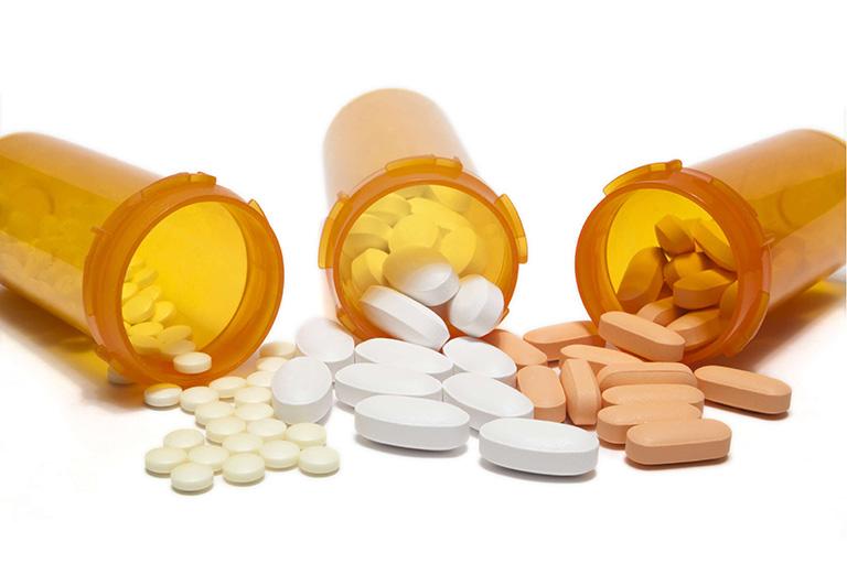 Sử dụng thuốc điều trị viêm khớp mãn tính