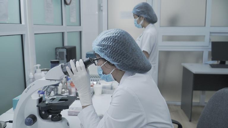 Bác sĩ Phương nghiên cứu bài thuốc trong nhiều năm với sự hỗ trợ của y học hiện đại