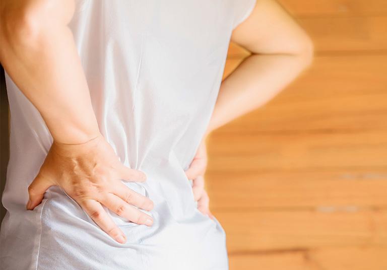 Triệu chứng của đau xương cụt