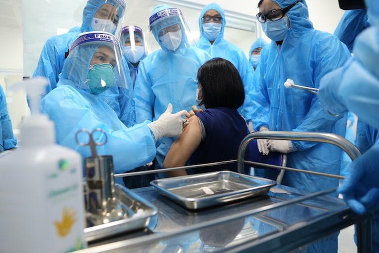 Mọi công tác tiêm chủng đều được giám sát chặt chẽ, đảm bảo an toàn