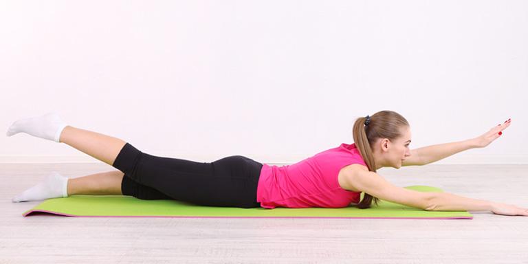 Bài tập nâng cánh tay và chân