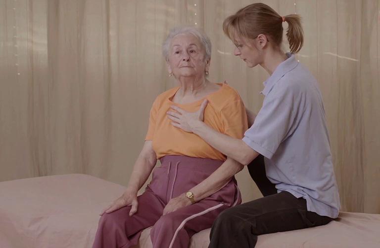 Bài tập ức chế lực cơ tay