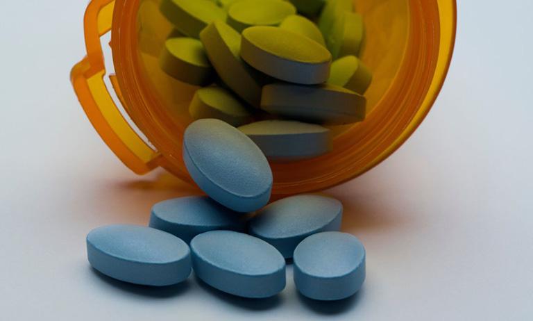 Dùng thuốc giảm đau không kê đơn