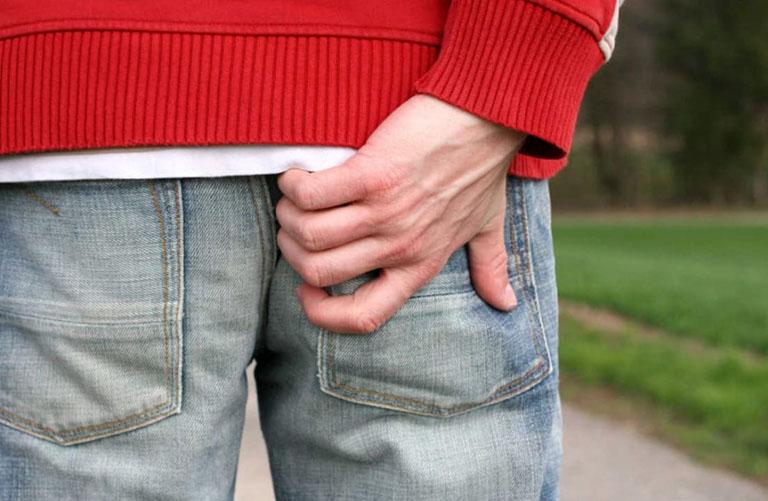 Ngã dập mông đau xương cụt