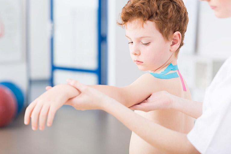 Theo dõi ung thư xương ở trẻ em