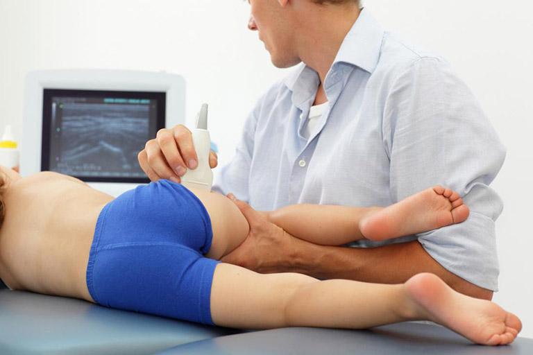 Chẩn đoán viêm khớp háng ở trẻ em