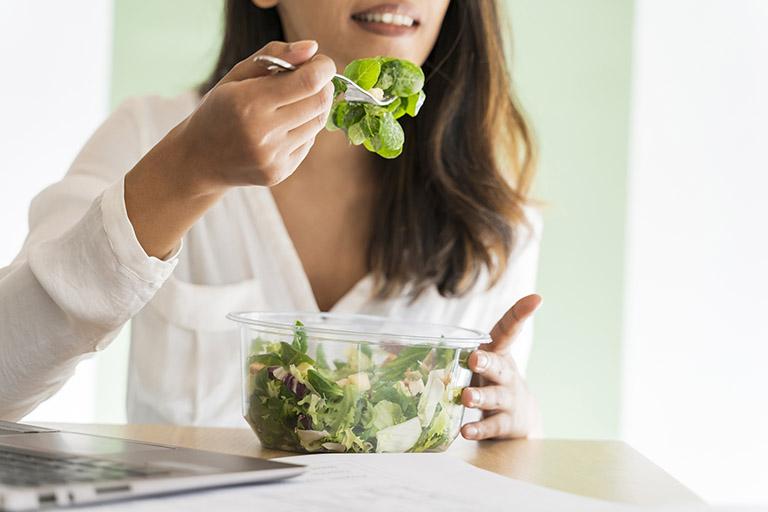 20 thực phẩm tăng dịch khớp tốt nhất - Khô khớp nên ăn