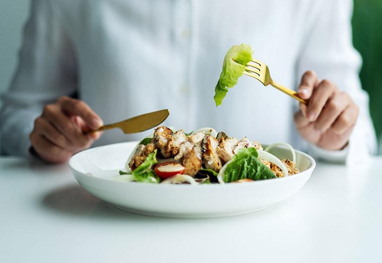 Xây dựng chế độ ăn uống phù hợp